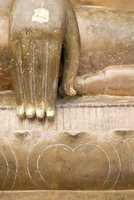 Mighty hand of Buddha