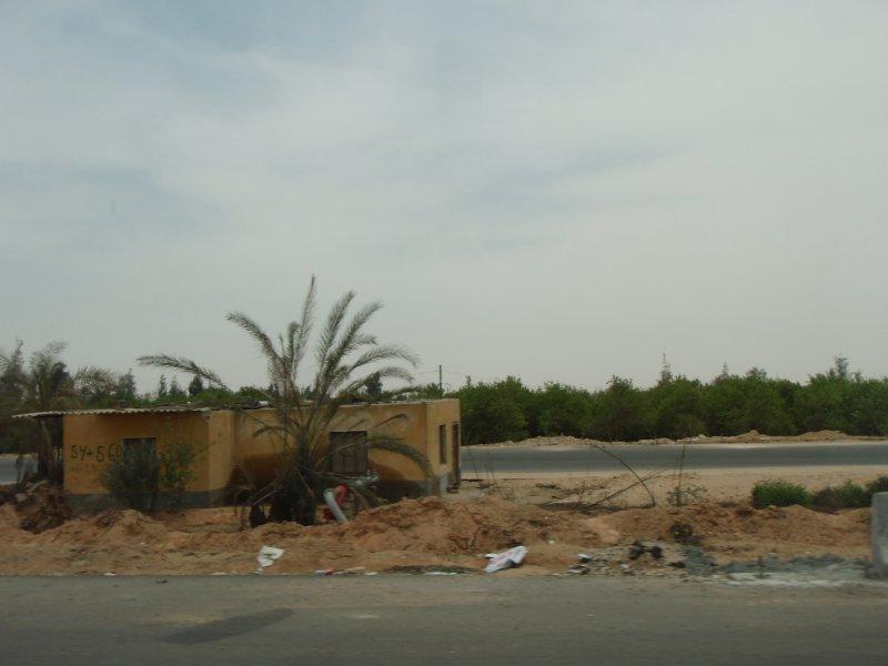 Scenery along the desert road