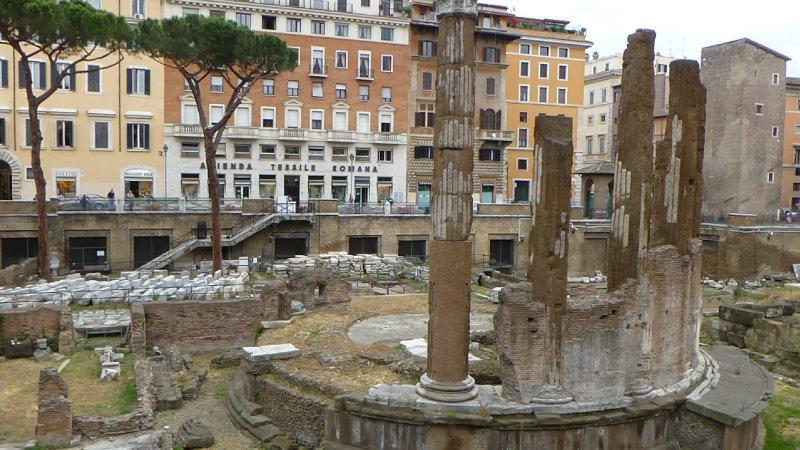 large_Italy_2013_Lumix_2_570.jpg