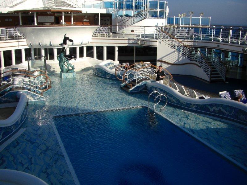 Neptune's Reef Pool