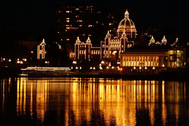 Capitol Building illumination