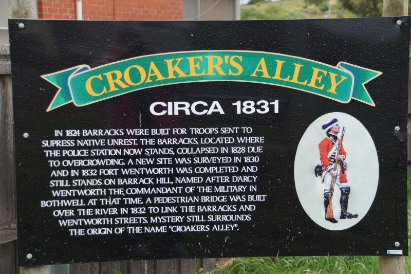 Croaker's Alley, Bothwell
