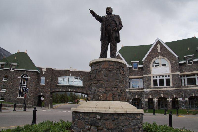 Fairmont Bannf Springs Hotel - president of canadian pacific railways Sir William Cornelius Van Horne
