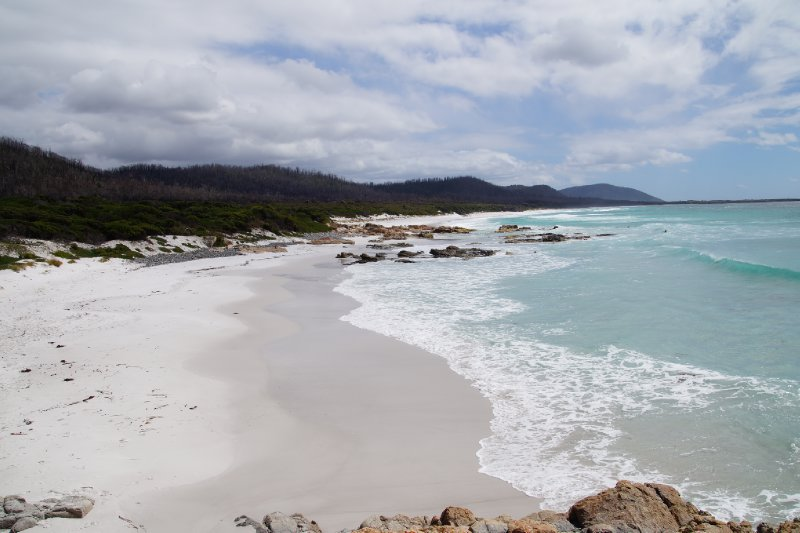 Friendly Beaches, Freycinet Peninsula looking north