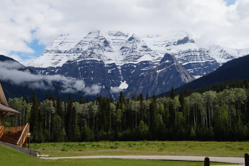 Mount Robson - highest mountain in BC 4