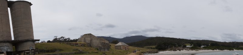 Panorama showing National Portland Cement silos from 1920 and Comissariat from 1825
