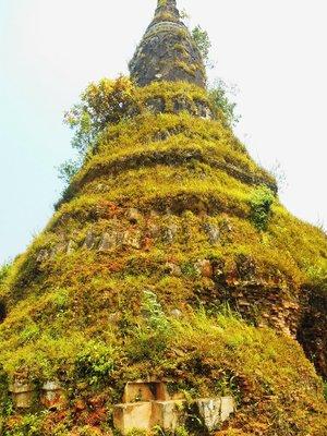 13th century stupa in the old capital, Phonsavan region