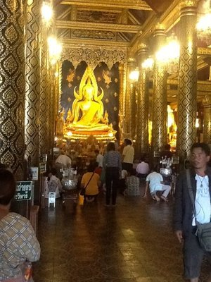 Wat Yai, second most sacred Buddha in Thailand is here