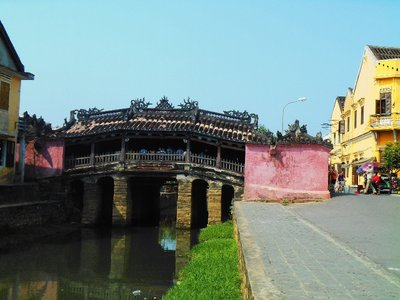 Covered Japanese bridge, symbol of Hoi An