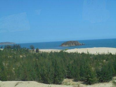 Coastline between Mui ne and the Sand Dunes