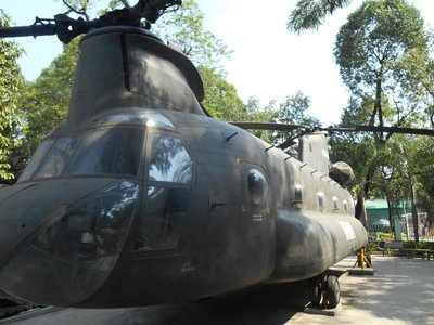 Helicopter in front of the war museum