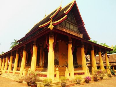 Wat Si Saket, oldest temple in Vientiane.