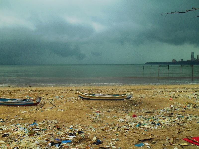 Mumbai Riviera, the whole sea around is polluted