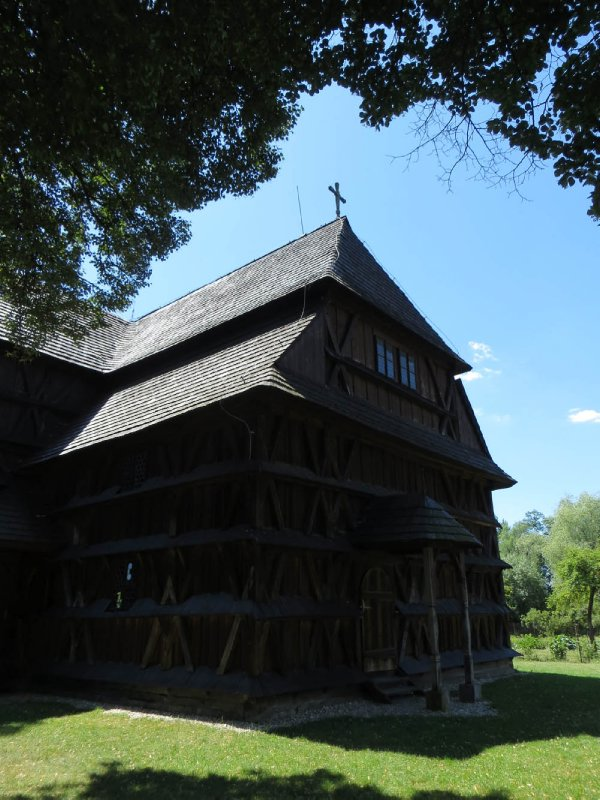 Eglise en bois de Hronsek