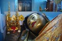Bouddha dans un temple à Siem Reap