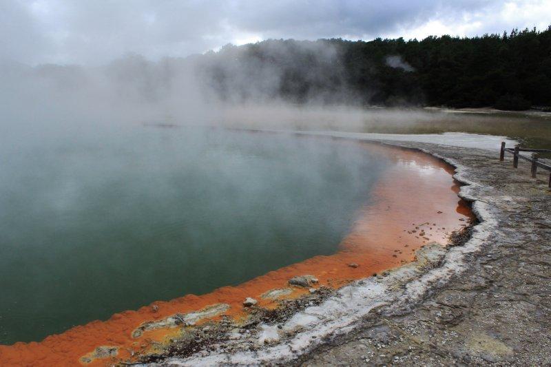 large_Rotorua__2_.jpg