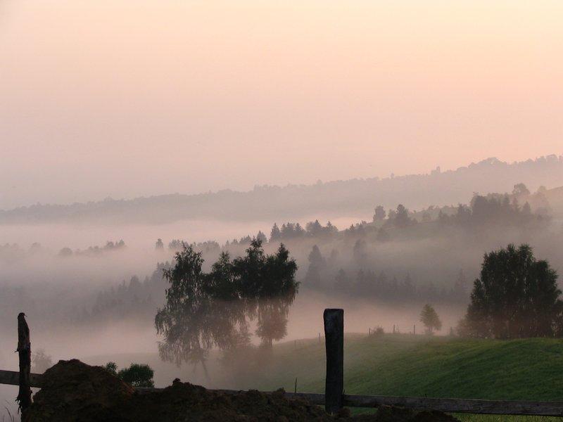 Sunrise over Bran - Romania