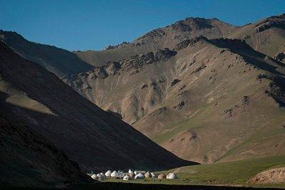 Yurt camps, Tash Rabat