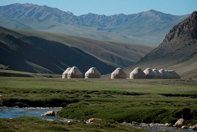 Fancy yurt camp, Tash Rabat