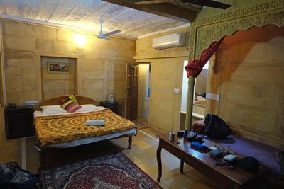 Our room, Oasis Haveli Hotel, Jaisalmer, Rajasthan (24 euros)
