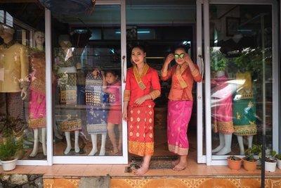 Shopkeepers, Luang Prabang