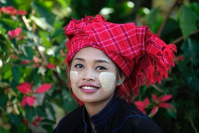 Girl from the Pa-Oh minority at Kakku Pagoda