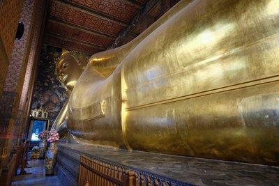 Reclining Buddha, Wat Pho, Bangkok Thailand