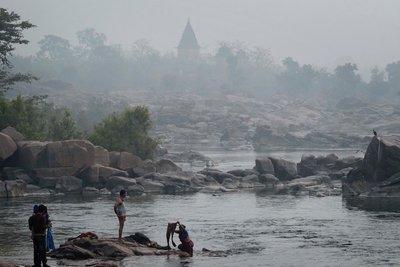 Orchha, Betwa river, Madyha Pradesh