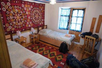 Meros Guest House, Khiva, UZ (31 eu/room)