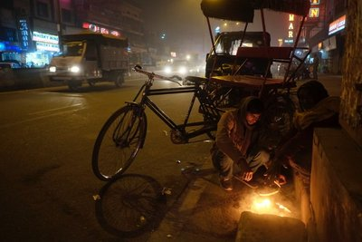 Cold night in New Delhi