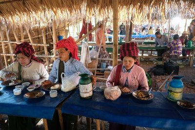 Thantaung village market, Lake Inle