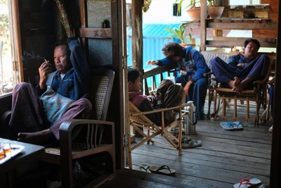 Workers on break, Lake Inle