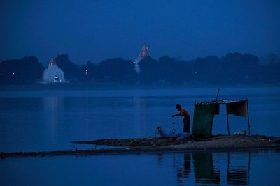 Taungthaman Lake near U Bein Bridge, Mandalay