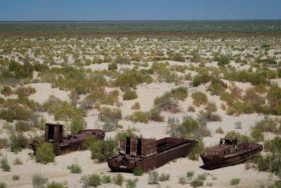 Stranded boats, Aral Sea, Muynak, UZ