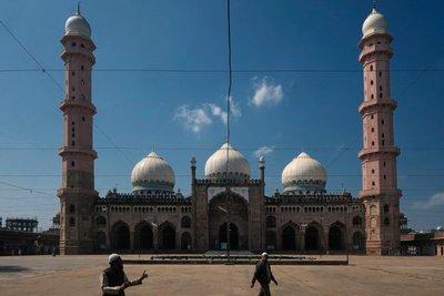 Taj-ul_Masjid Mosque, Bhopal