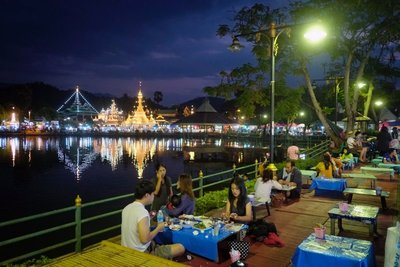 BBQ by the lake, Mae Hong Son, Thailand