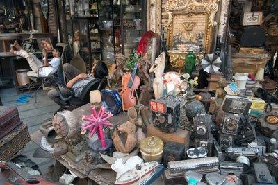 Mumbai_Chor_bazaar_039.jpg