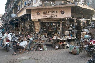 Mumbai_Chor_bazaar_040.jpg