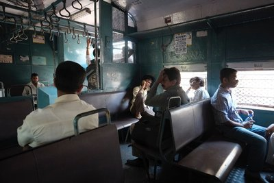 Mumbai_Trains_035.jpg