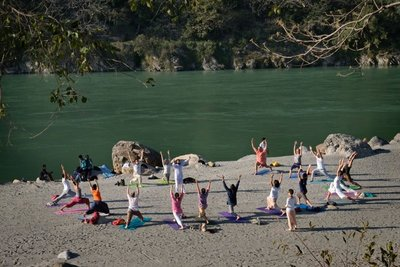 Afternoon yoga, Rishikesh