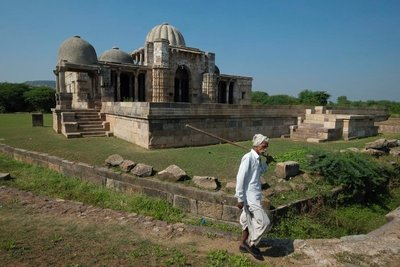 Lila Gumbaj Ki Masjid (mosque), Champaner