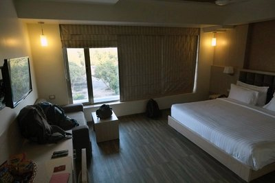 Lords Hotel, Sasan Gir (60 eu including breakfast and dinner for 2)