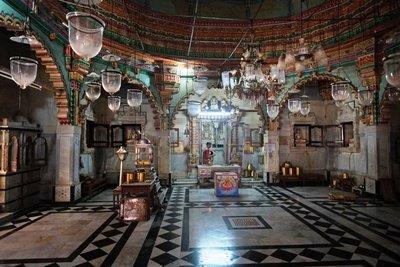 Interior Shantinath (Jain) temple, Jamnagar