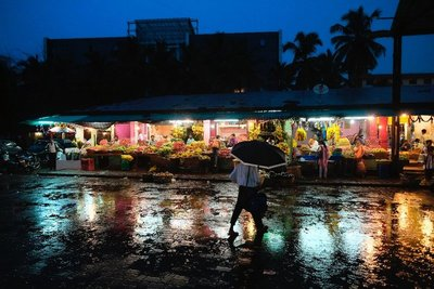 Downpour at the fruit market in Panjim