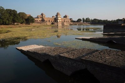 Jahaz Mahal (palace), Mandu