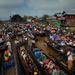 Crowds on the lake,  Phaung Daw Oo Pagoda festival