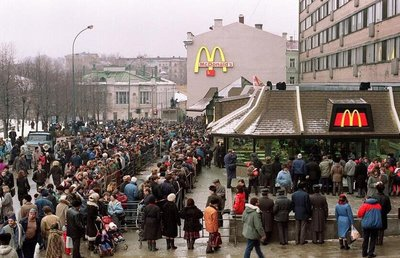 Queue for McDonalds 1990