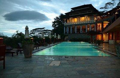 Amaya hills resort, very beautiful pool.