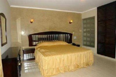 Hotel Bahia Suites Bedroom