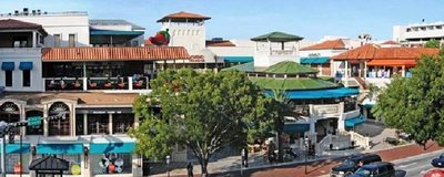 Coconut Grove Shopping Centre During The Day